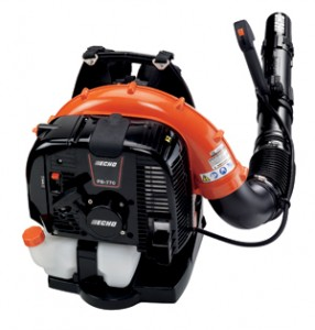 commercial blower photo4LR 286x300 Commercial Blower Review, Gone with the Wind, We Test the Most Powerful Leaf Blowers