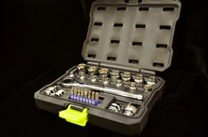Kobalt Xtreme Access 27 Piece Socket Set with Universal Spline Sockets and pass through technology