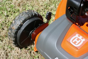 Husqvarna HU675AWD Mower Review