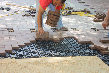 Patio Gridlock With Azek Composite Pavers Extreme How To