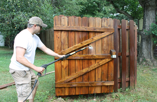 How To Spray Paint A Fence Service Seeking