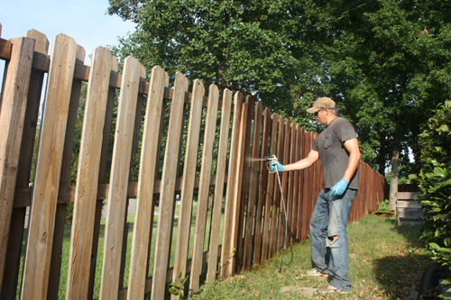 Fence Staining Made Easy with Ready Seal - Extreme How-To Blog