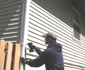 How NOT to Unclog Your Downspouts