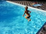 Disinfect a Swimming Pool Without Chlorine Risks